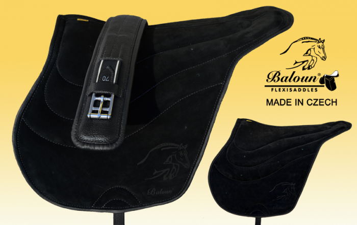 Black riding pad Baloun with black hem, made of latex. The price includes girth